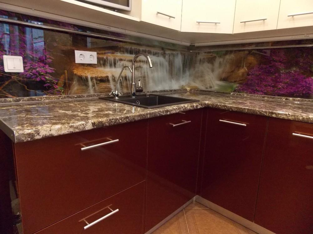 Акриловые кухни-Кухня из пластика «Модель 137»-фото2