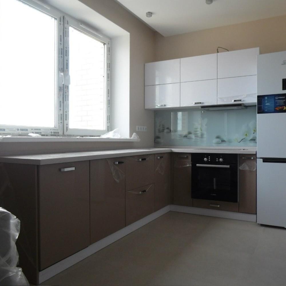 Белый кухонный гарнитур-Кухня МДФ в эмали «Модель 199»-фото1