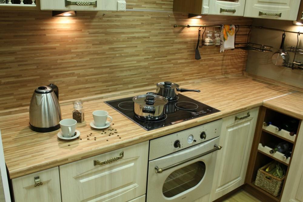 Белый кухонный гарнитур-Кухня МДФ в ПВХ «Модель 128»-фото1