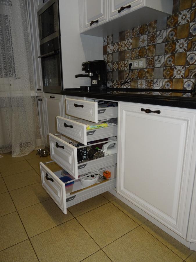 Встроенная кухня-Кухня МДФ в эмали «Модель 20»-фото8