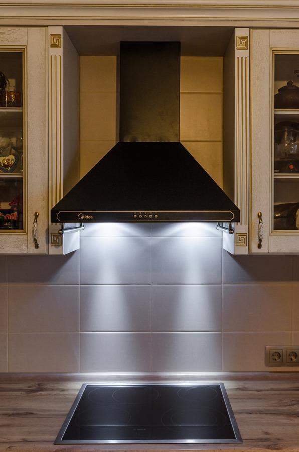Белый кухонный гарнитур-Кухня из шпона «Модель 4»-фото6