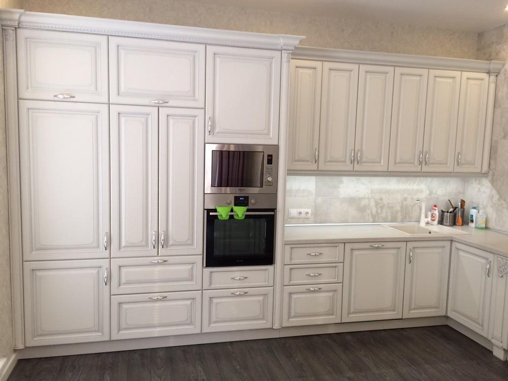 Белый кухонный гарнитур-Кухня из массива «Модель 109»-фото5