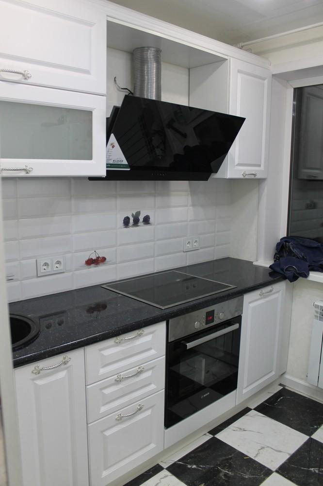 Белый кухонный гарнитур-Кухня МДФ в ПВХ «Модель 332»-фото1