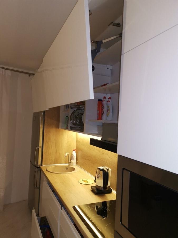 Белый кухонный гарнитур-Кухня МДФ в эмали «Модель 144»-фото5