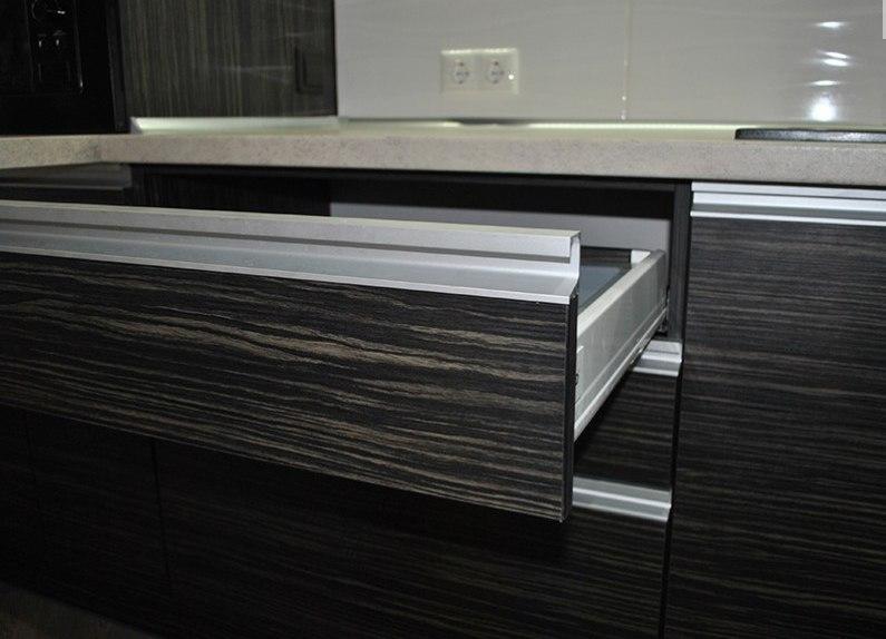 Белый кухонный гарнитур-Кухня из ЛДСП «Модель 98»-фото3
