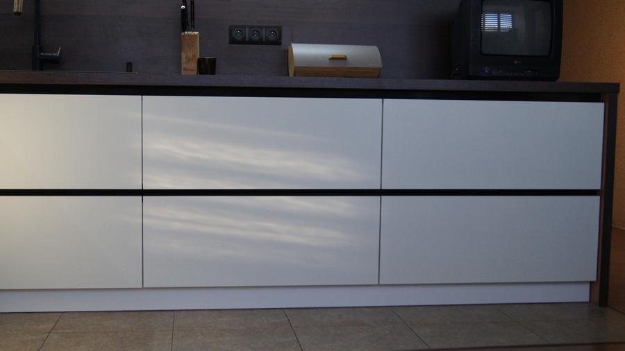 Белый кухонный гарнитур-Кухня из пластика «Модель 270»-фото6