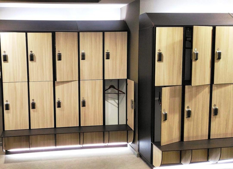 Торговая мебель-Шкафчики для раздевалки «Модель 161»-фото3