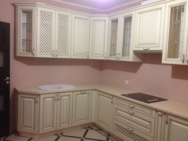 Белый кухонный гарнитур-Кухня МДФ в ПВХ «Модель 394»-фото1