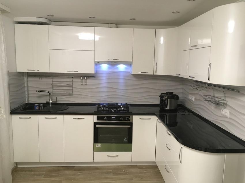 Белый кухонный гарнитур-Кухня МДФ в эмали «Модель 472»-фото1