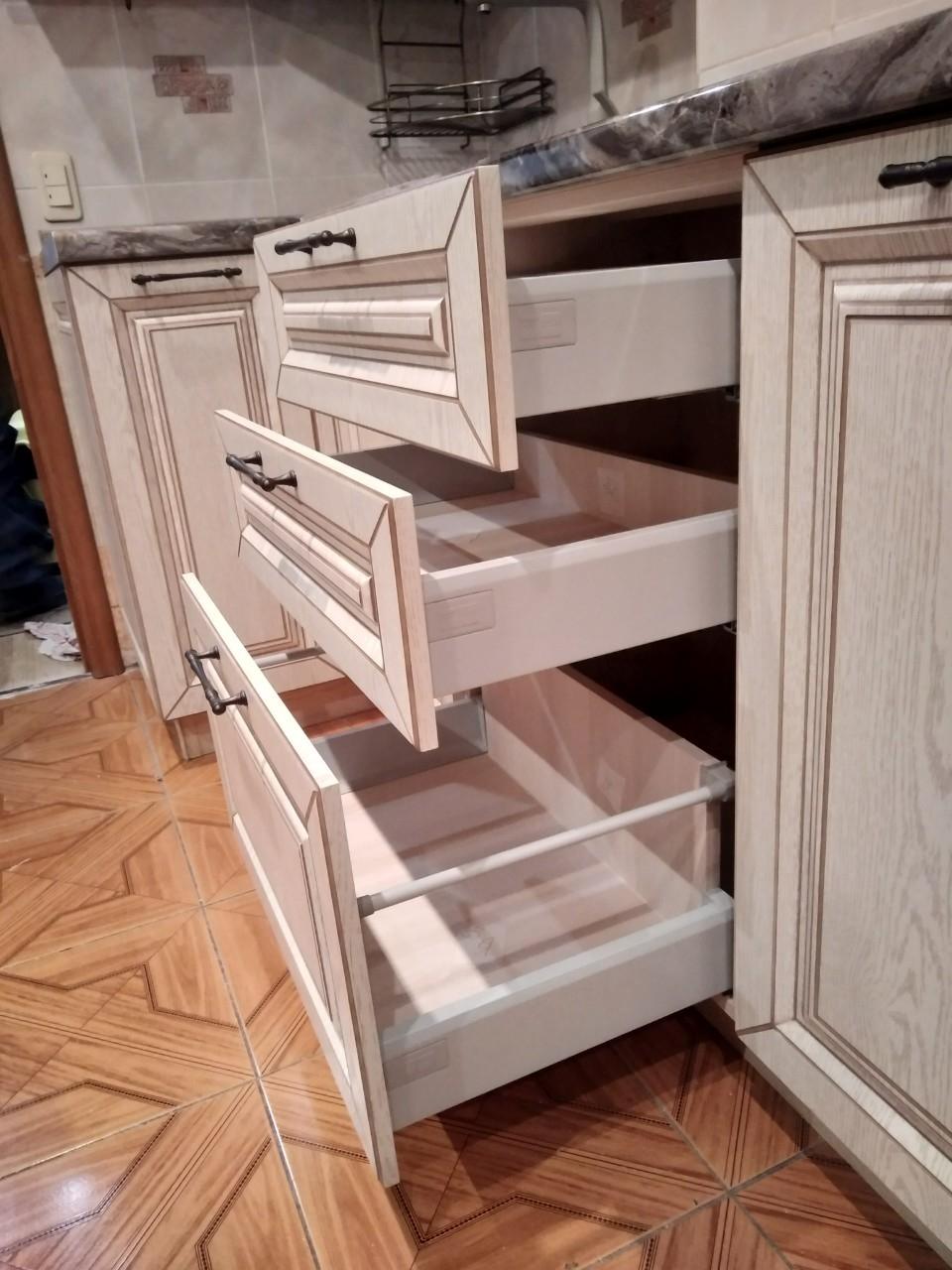 Белый кухонный гарнитур-Кухня МДФ в ПВХ «Модель 547»-фото7