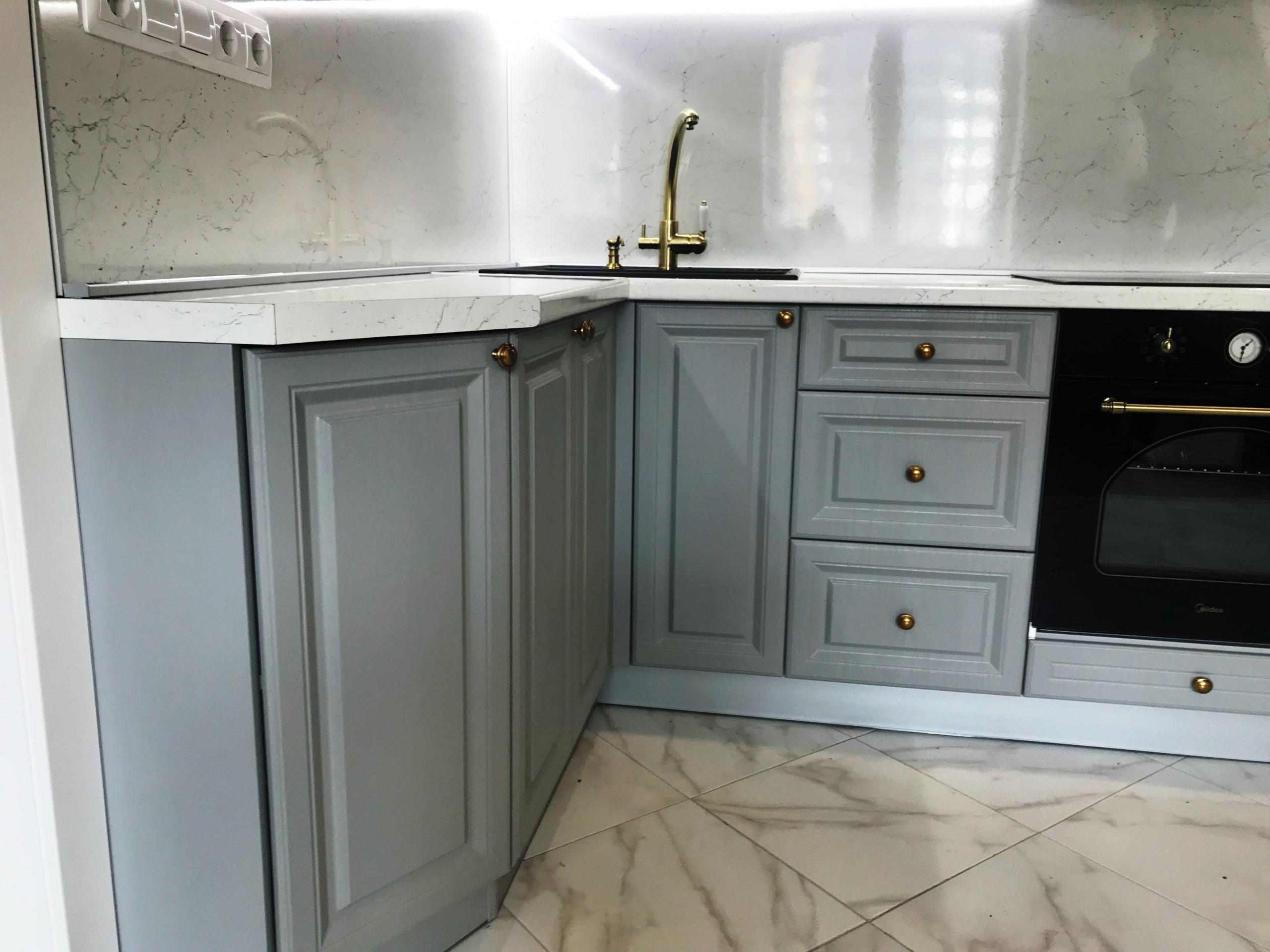 Дорогие и элитные кухни-Кухня МДФ в эмали «Модель 548»-фото1