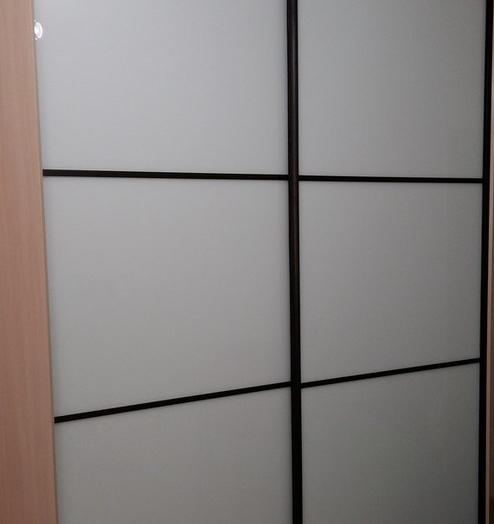 Белые шкафы-купе-Шкаф-купе из стекла Лакобель «Модель 393»-фото2